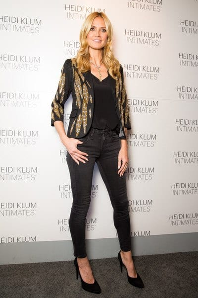 Heidi 25 Best Shoes to Wear with Jeans for Different Looks