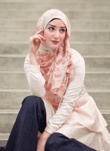 Screen_Shot_2014-10-15_at_12_43_24_PM_grande Pink Hijab Styles-17 Ways to Wear Pink Colour Hijab