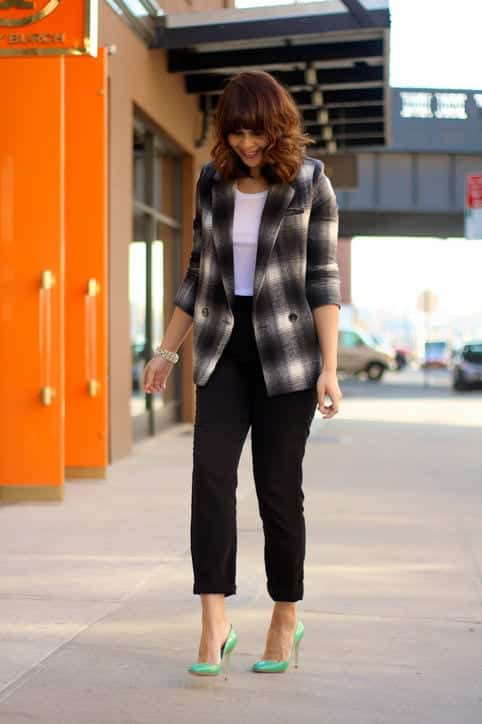 bl12 Women Blazer Outfits-20 Ways to Wear Blazer in Different Styles
