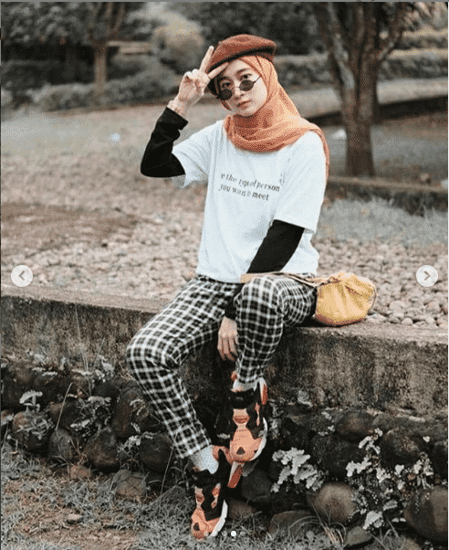 check-pants-outfit Casual Hijab Outfits–33 Ways to Wear Hijab Casually