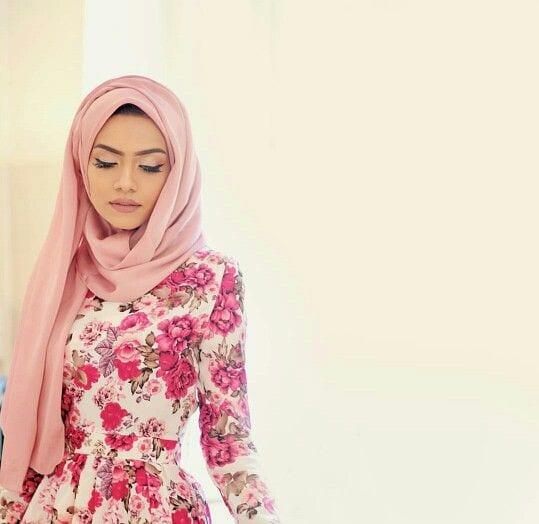 f7d198818f0abbb51d1f87ba60d278f4 Pink Hijab Styles-17 Ways to Wear Pink Colour Hijab