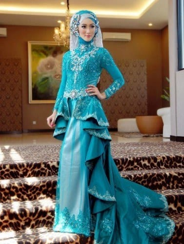 wh61-377x500 Wedding Hijab Styles - 20 Simple Bridal Hijab Tutorials