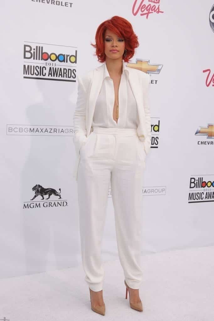 08cbb7193ac49ffcfab35772a7d37771 20 Ways to Wear All White Outfits Like Celebrities this Year