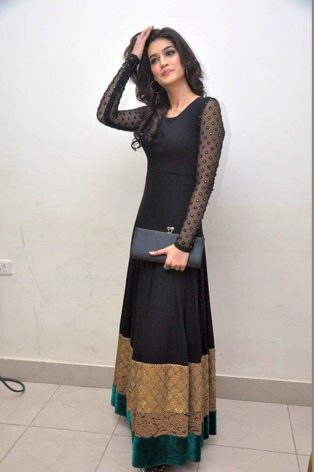 121 Kriti Sanon Pics - 30 Cute Kriti Sanon Outfits and Looks