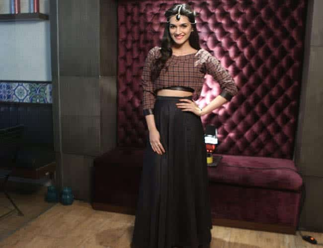 131 Kriti Sanon Pics - 30 Cute Kriti Sanon Outfits and Looks
