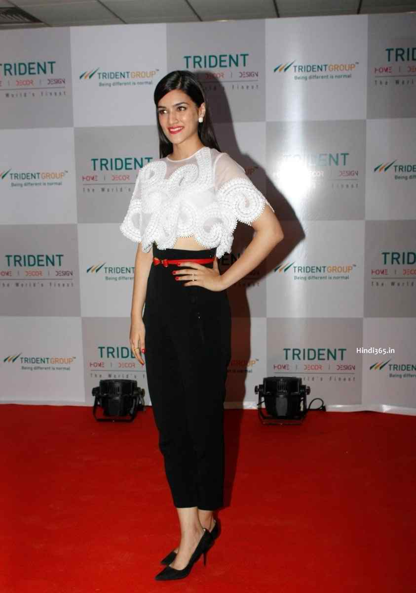 152 Kriti Sanon Pics - 30 Cute Kriti Sanon Outfits and Looks