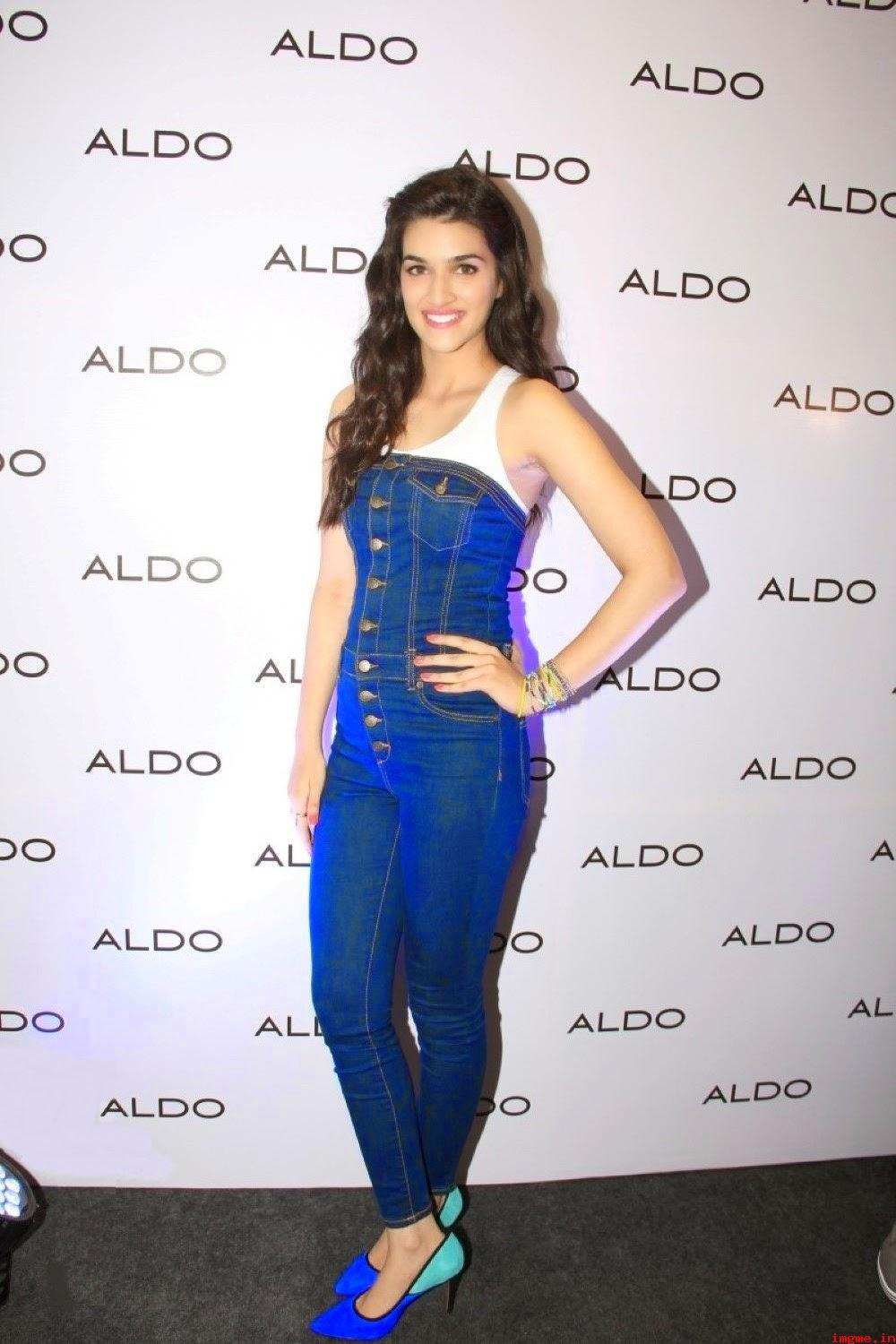 19 Kriti Sanon Pics - 30 Cute Kriti Sanon Outfits and Looks