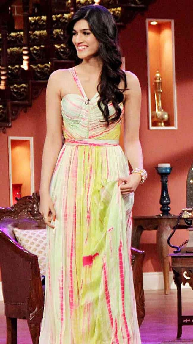 261 Kriti Sanon Pics - 30 Cute Kriti Sanon Outfits and Looks