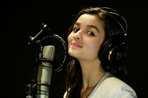 ab12-500x333 Alia Bhatt Cutest Pictures-30 Best Looks of Alia Bhatt of all Time