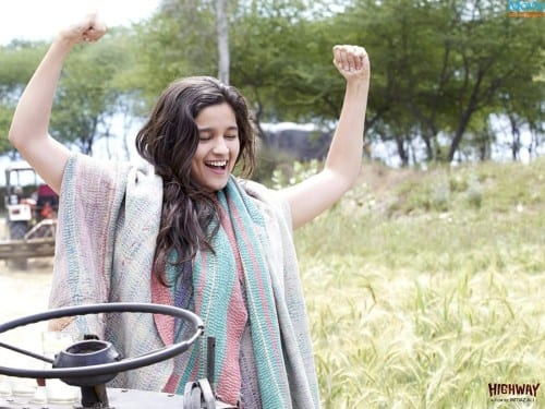 ab13-500x375 Alia Bhatt Cutest Pictures-30 Best Looks of Alia Bhatt of all Time