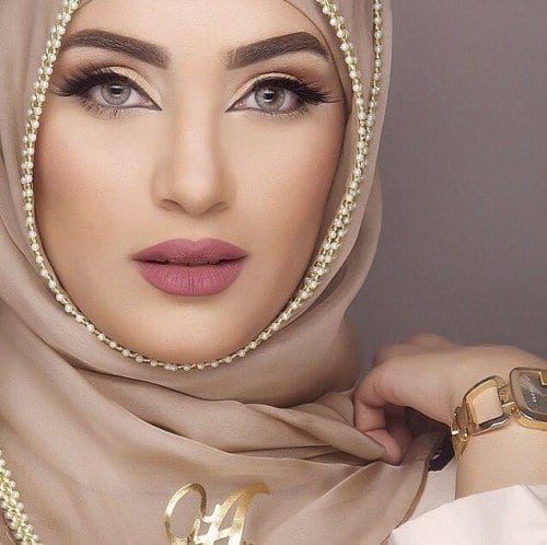 dp11-500x498 Cute DPs of Islamic Girls - 30 Best Muslim Girls Profile Pics