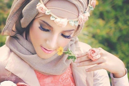 dp30-500x333 Cute DPs of Islamic Girls - 30 Best Muslim Girls Profile Pics