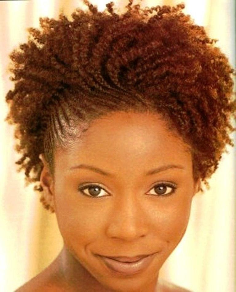 151 25 Cute Short Curly Hairstyles for Black Women These Days
