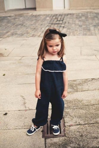21c053f6989e63251a654e7bcdf8575e-333x500 Sneakers for Baby Girls-15 Cute Outfits with Sneakers for Little Girls