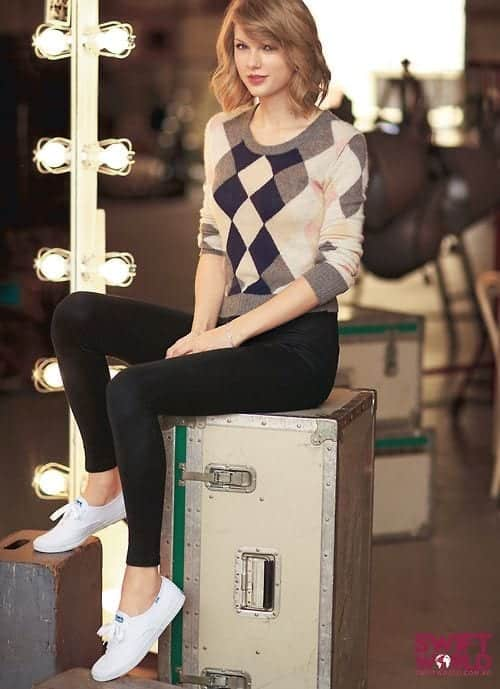 973d8bdd17bb6bcce86e8b50dbea0d50 Taylor Swift Fashion - 25 Cutest Taylor Swift Outfits to Copy This Year