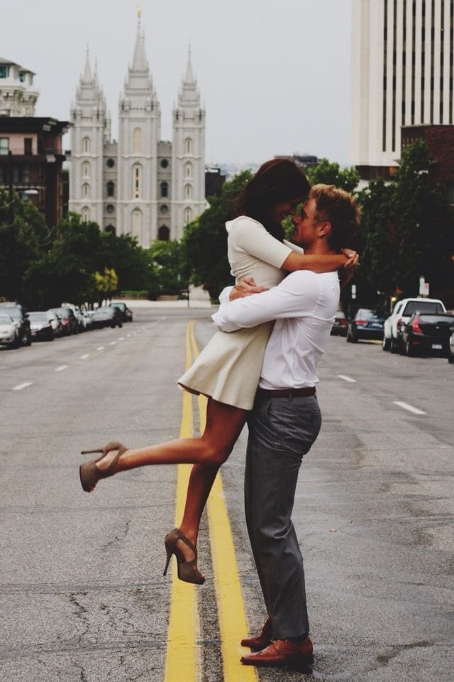 These 30 Cute Married People Hugging Pictures Will Melt ...