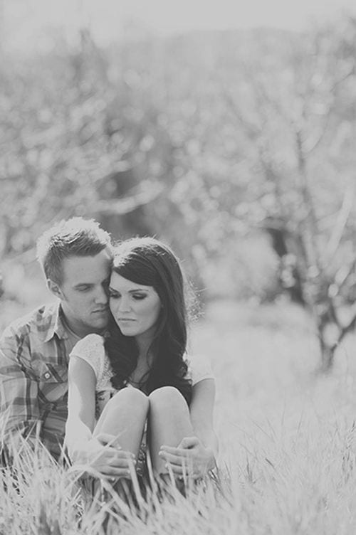 married-couple-hugging16 These 30 Cute Married People Hugging Pictures Will Melt Your Heart
