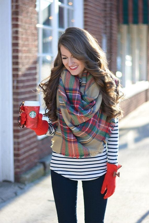 Oversize and Blanket Scarf Outfit Ideas (16)