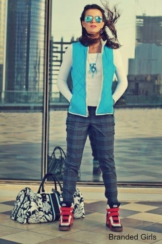 puffy-vest-outfits-ideas0411-333x500 Outfits with Puffer Vest-20 Ways to Wear Puffer Vest Fashionably