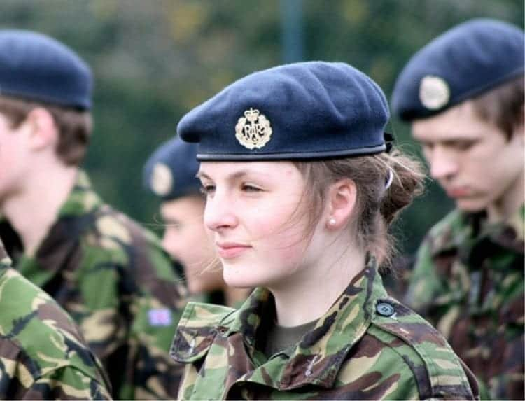 2-1 Top 10 Countries with Most Beautiful Women Soldiers in World