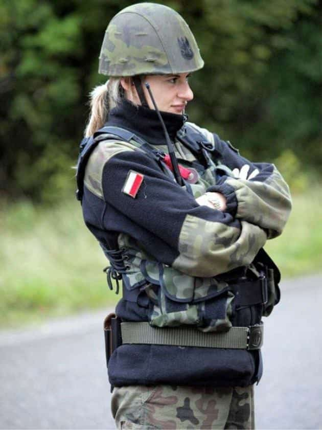 3-1 Top 10 Countries with Most Beautiful Women Soldiers in World
