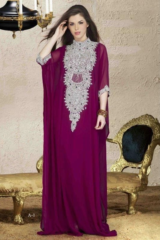 Abaya-with-gems 2019 Abaya Fashion-20 Latest Abaya Style Designs for Beautiful Look