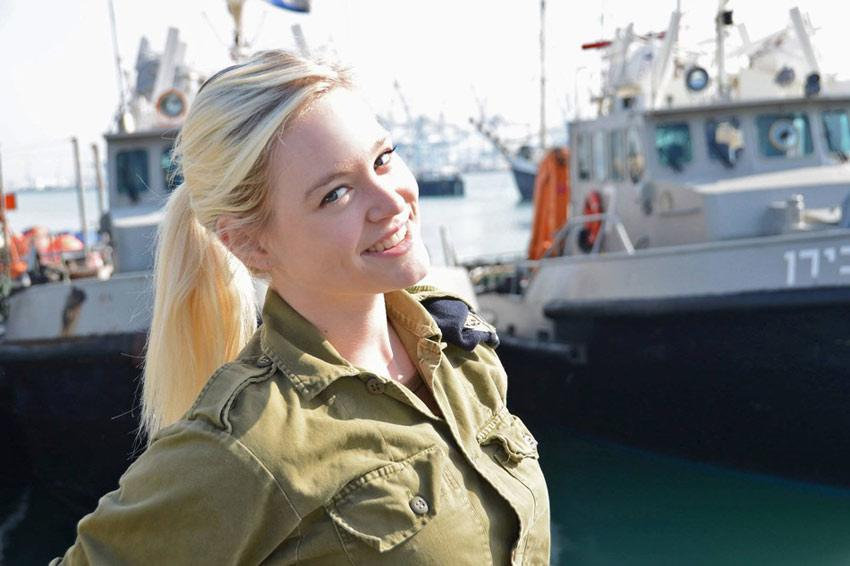 Israel Most Sexy Female Soldiers-15 Most Beautiful Women In Uniform