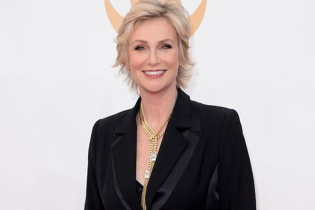 Jane_Lynch-Over-40-Gallery Stylish Older Women-30 of the Most Fashionable Aged Women Alive