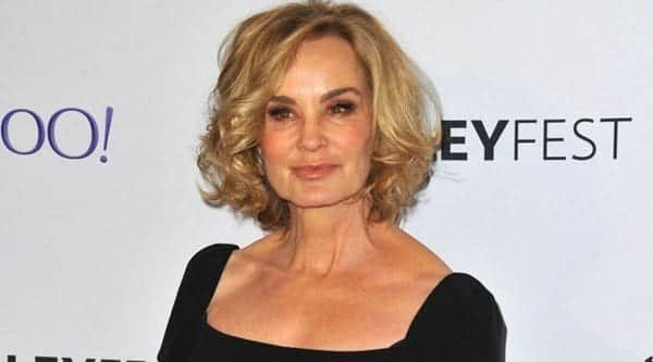 Jessica-Lange Stylish Older Women-30 of the Most Fashionable Aged Women Alive