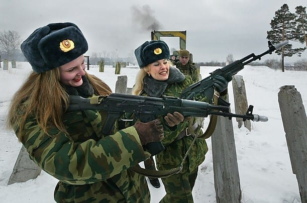 Russian Most Sexy Female Soldiers-15 Most Beautiful Women In Uniform