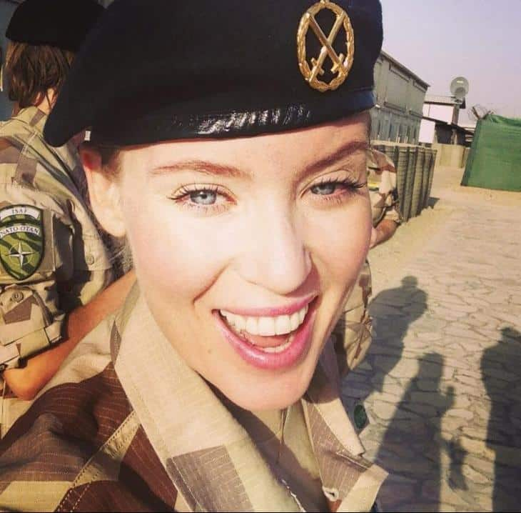 Swedish Most Sexy Female Soldiers-15 Most Beautiful Women In Uniform