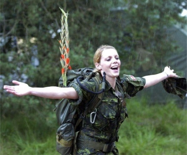 canadian Most Sexy Female Soldiers-15 Most Beautiful Women In Uniform