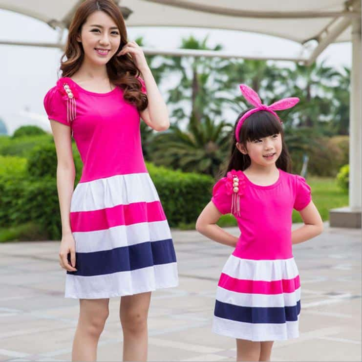 mom-and-daughter-dress-matching-mother-daughter 14 Cute Matching Outfits For Siblings That The Family Will Love