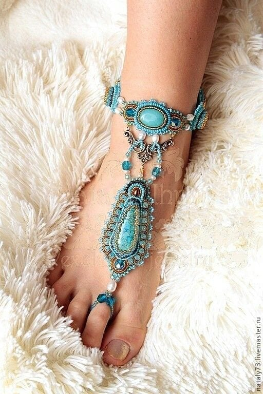 712197dcdf8b1ab63fd38e171b317b12 10 Bohemian Accessories for Girls for the Perfect Boho Look