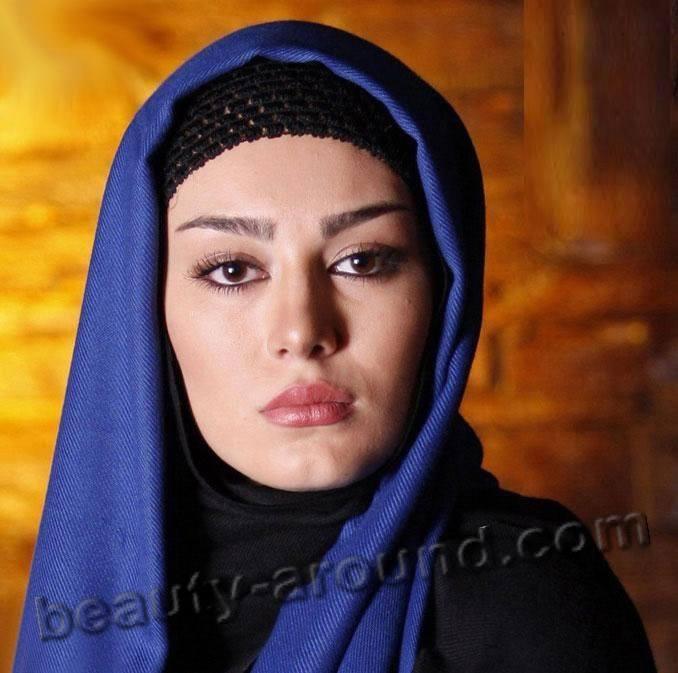 9 Hijabi Actresses - Top 10 Celebrities Who Wear Hijab