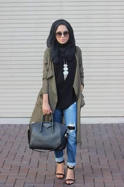Coat-1 15 Trending Kuwait Street style Fashion for Women to Follow