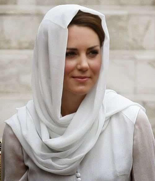Hijab-Kate-Middleton11 Hijabi Actresses - Top 10 Celebrities Who Wear Hijab