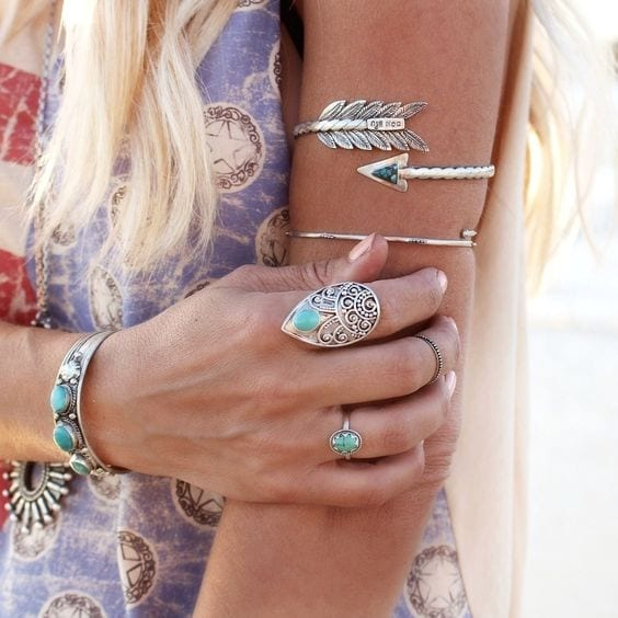 b4f06bd8ce49f2c14b64ed5497d02fb1 10 Bohemian Accessories for Girls for the Perfect Boho Look