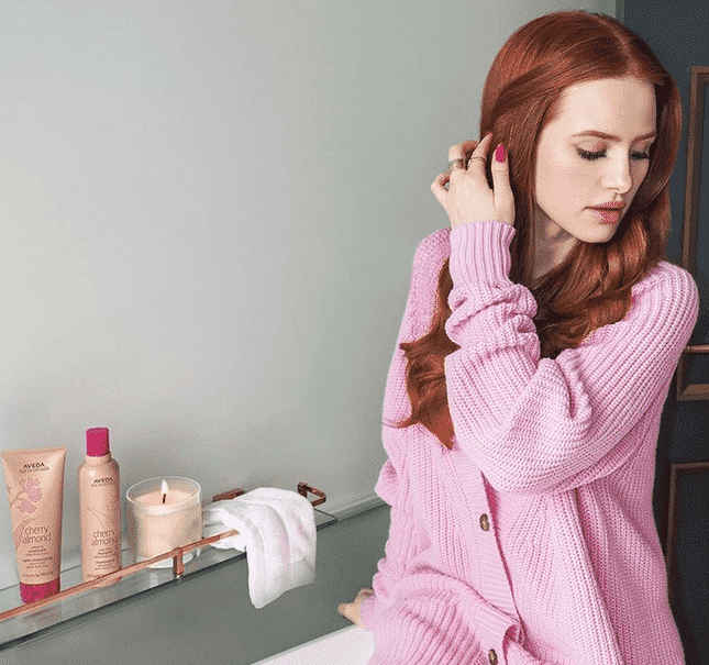 top-brands-on-instagram-13 Top 15 Brands for Women To Follow On Instagram for Styling Tips