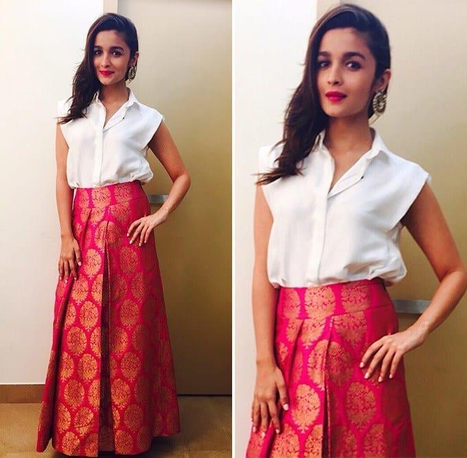 1-Payal-Khandwala-Glamorous-Diwali-Outfit Alia Bhatt Outfits-32 Best Dressing Styles of Alia Bhatt