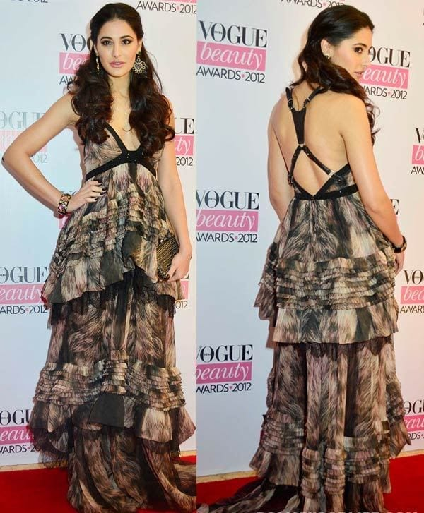 14-Nargis-Fakhri-in-a-Backless-Strip-Dress Nargis Fakhri Outfits-32 Best Looks of Nargis Fakhri to Copy