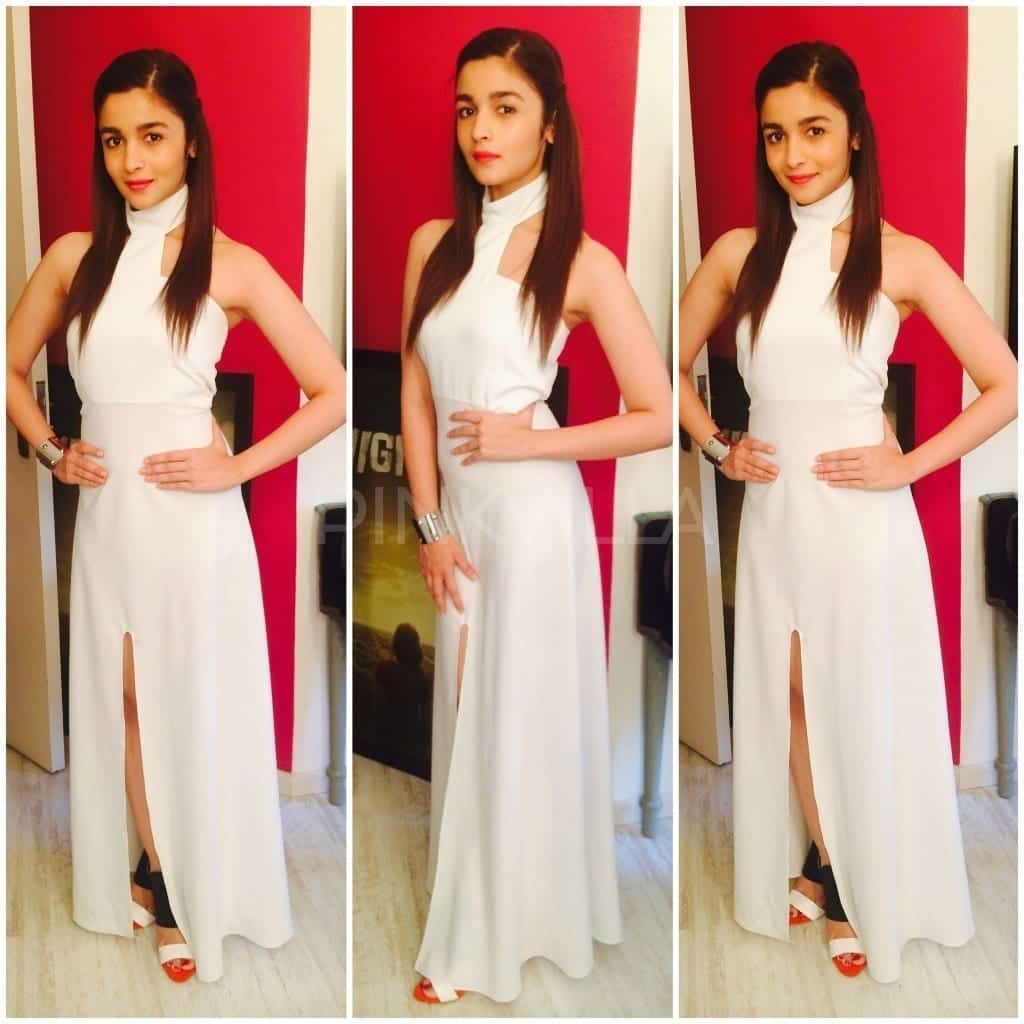 14-Superior-and-Decent-Whiteness-1024x1024 Alia Bhatt Outfits-32 Best Dressing Styles of Alia Bhatt