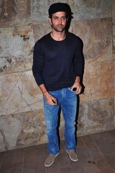 15-A-Stunning-Simple-Outfit Hrithik Roshan Outfits-30 Best Dressing Styles of Hrithik Roshan