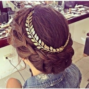 15-Decorated-Round-Braided-Hairdo Hairstyles For Round Face-36 Cute Hairstyles for This Year