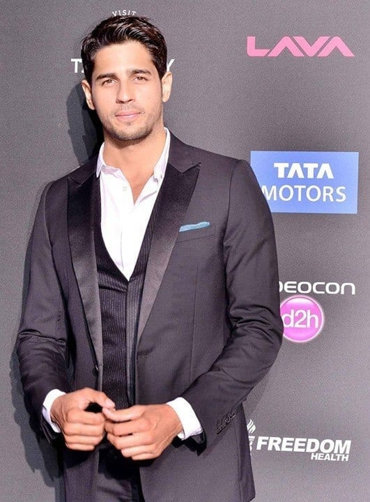 18-A-Flawless-Jet-Black-Tuxedo Sidharth Malhotra Outfits-30 Best Dressing styles of Sidharth Malhotra to Copy