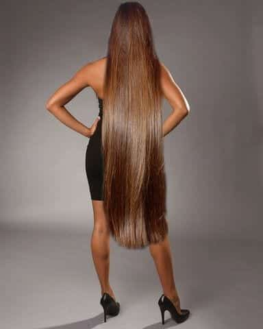21-The-Gorgeous-Brunette-With-Stunning-Long-Hair Longest Hair Women-30 Girls with Longest Hair In the World