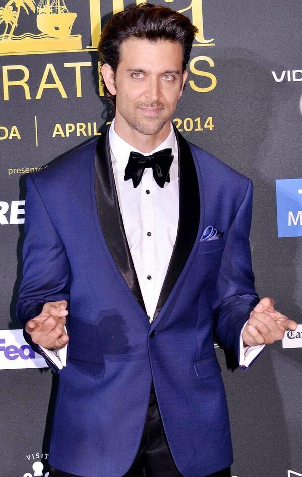 22-A-Unique-Vintage-Style-Fancy-Suite Hrithik Roshan Outfits-30 Best Dressing Styles of Hrithik Roshan