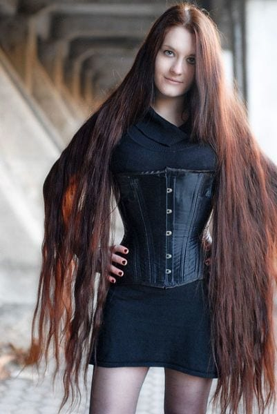 23-The-Badass-Girl-with-Cool-Curly-Hair Longest Hair Women-30 Girls with Longest Hair In the World