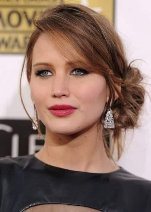 27-Lawrences-Messy-Down-Updo Hairstyles For Round Face-36 Cute Hairstyles for This Year