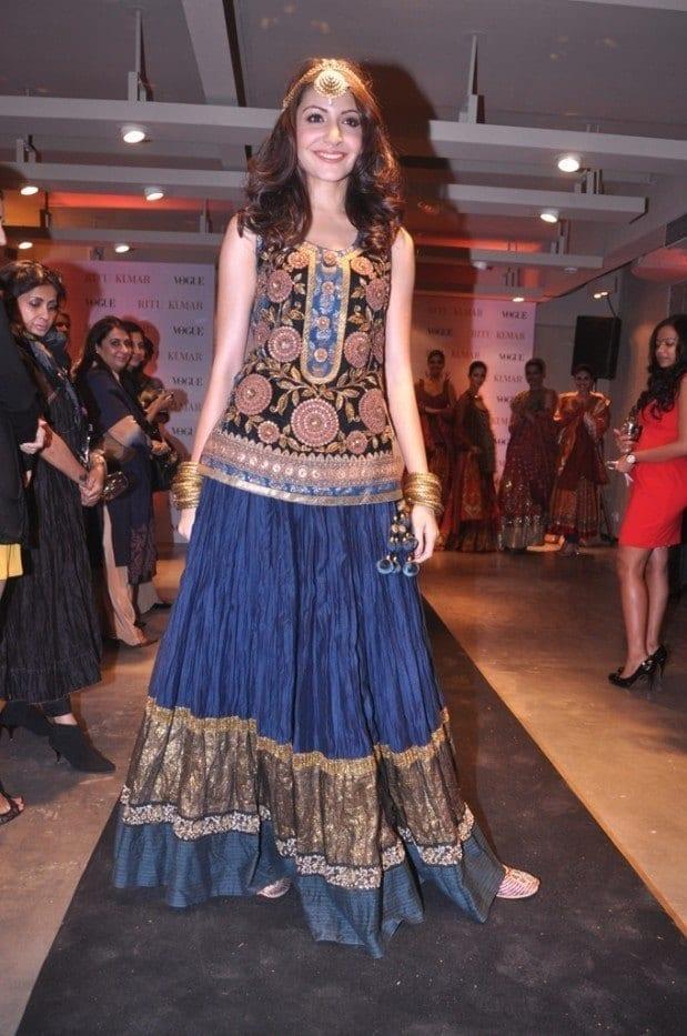 29-Anushka-Sharma-in-a-Cultural-Long-Skirt-Outfit Anushka Sharma Outfits-32 Best Dressing Styles of Anushka Sharma